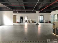 岳麓区产业园内标准厂房三楼560平出租